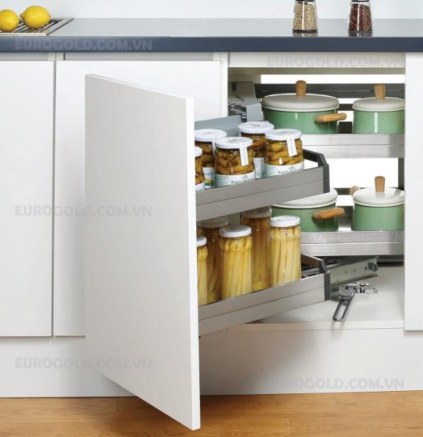 Phụ kiện tủ bếp tận dụng phần giá góc của tủ bếp